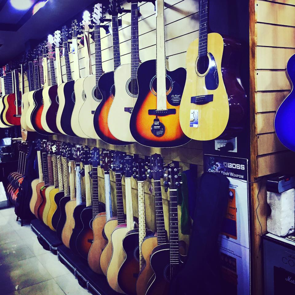 guitar shops in kathmandu